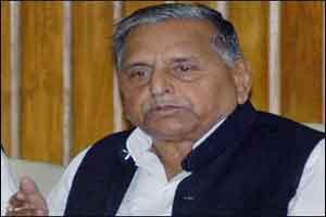 Mulayam Singh Yadav admitted in Medanta Medicity, Gurgaon