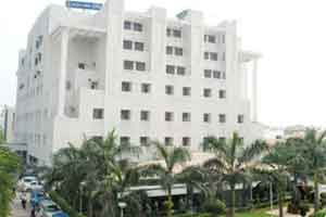 Chaos at West Delhi Hospital over deceaseds body