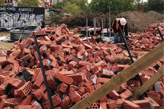 Dwarka Hospitals Wall collapses. Three presumed dead