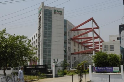 Fortis Hospital Noida, performs the first ABO Incompatible (ABOi) Kidney Transplant in UP on 25 year old