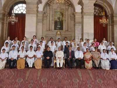 President presents National Florence Nightingale awards to outstanding nurses