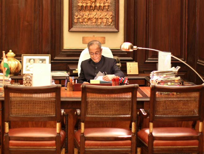 President Signs ordinance, NEET not mandatory for states this year