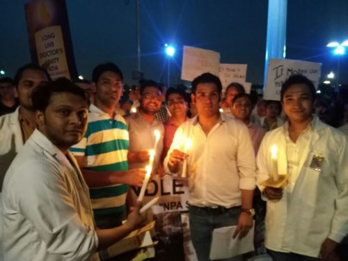 Delhi : Candle march to Jantar Mantar on 7th Pay Commission