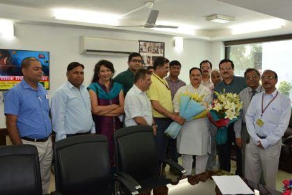 7th Pay Commission: Delegation of Senior Doctors submit a Charter of Demands to Nadda