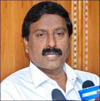 Tamil Nadu: After IT-raid, AIADMK calls for probe