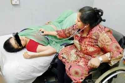Maharashtra: 90 percent disabled doctor gets relief from CM