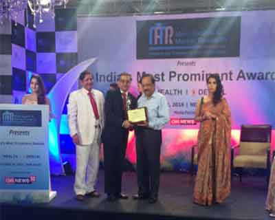 Dr. Sanjay Gupta of Jaypee Hospital awarded as Best Joint Replacement Surgeon