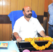 Doctors asked to prescribe drugs by generic name only: Bali Bhagat