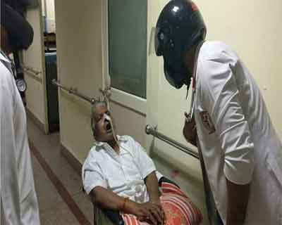 AIIMS resident docs wear helmets in support of strike