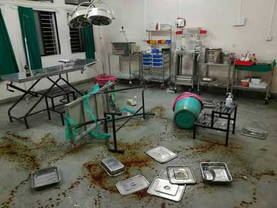 Patient's relatives beat doctor in Dhule due to alleged delay in treatment