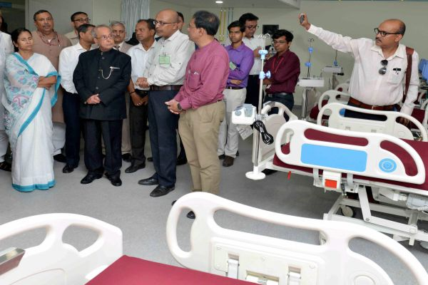 Pesident inaugurates Indian Institute of Liver and Digestive Sciences at Sonarpur, West Bengal