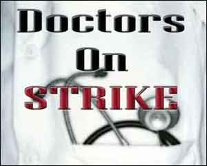 Strike at RNT Medical College, after FIR against two doctors