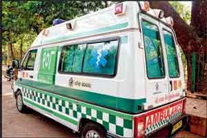 Ambulance catches fire, patient dies in hospital