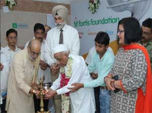 Fortis Foundation launches two new charitable medical dispensaries in Delhi and Haridwar