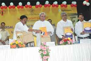 Patnaik launches Rs 600 crore Universal Eye Care programme