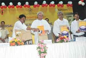 Patnaik launches Rs 600 crore Universal Eye Care programme