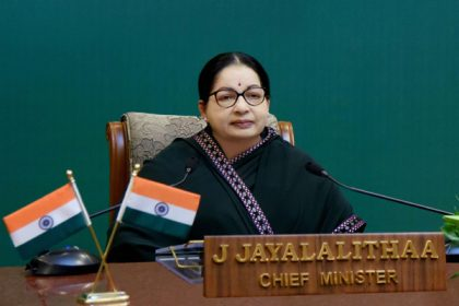 Hospital submits 30 volumes of medical records to Jayalalitha probe panel