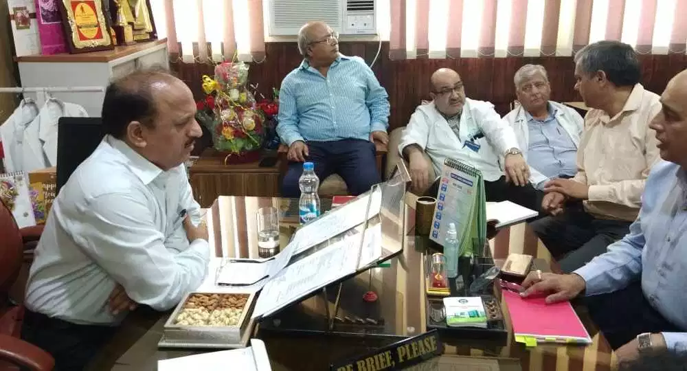 J-K health minister reviews healthcare arrangements in border areas