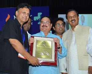Health Minister, JP Nadda confers Vishisht Chikitsa Ratan Award