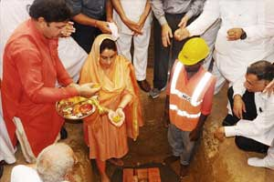 Harsimrat performs ground breaking ceremony of AIIMS Bathinda