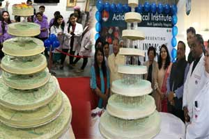 Doctors at city hospital cut 100-kg sugar-free cake to create awareness about diabetes