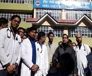Increase in Stipend to 50,000 pm; Removal of Bank guarantee in PG- IGMC doctors on pen-down strike