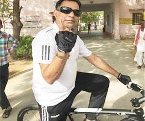 Elections Spirit: Jaipur Cardiologist peddles 80 km to cast vote